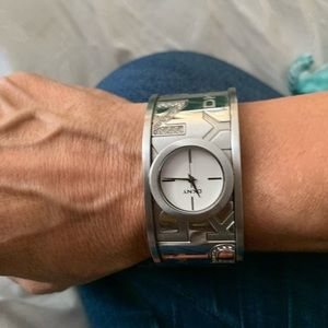 Used watch, only needs battery